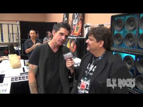 Host Producer Phil Fiumano Interviews Anthony Esposito @ The NY / NJ Kiss Expo 2014